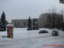 Безымянная площадь со стороны Выставочного зала. Фото 2011 года.