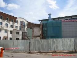 Место, где стоял надворный флигель. Фото июнь 2011 года