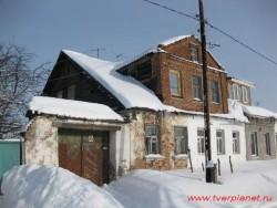 Здание (набережная Волги, 45)